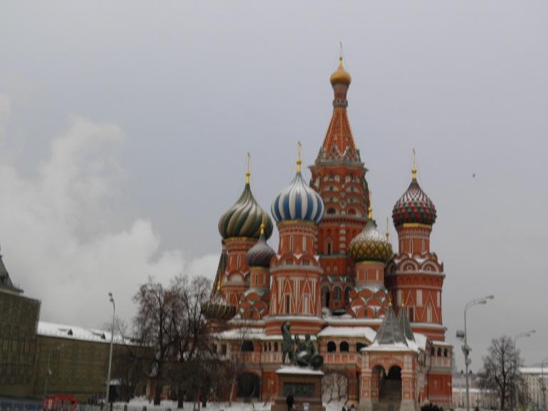 Ο ναός του Αγίου Βασιλείου.