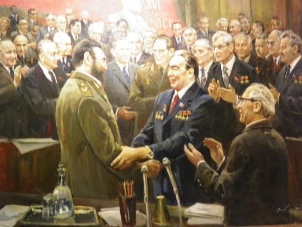 ο σ.Μπρεζνιεφ με τον Καστρο.