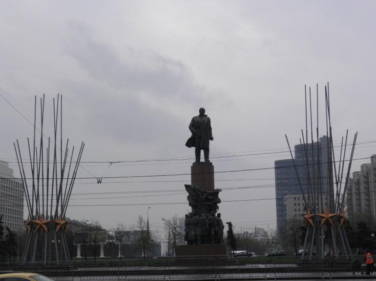 Το άγαλμα του Λένιν στο μετρό Октябрьская