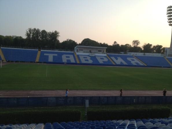 Το γηπεδο της Ταυρια Συμεφρουπολης,οπου προπονητης ειναι ο Ελληνας Χριστοπουλος