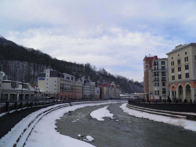 Το χιονοδρομικό κέντρο  Роза Хутор (Красная Поляна)